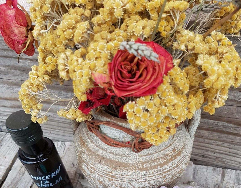 Aromatične rastline in eterična olja so mi v veliko pomoč k boljšemu počutju