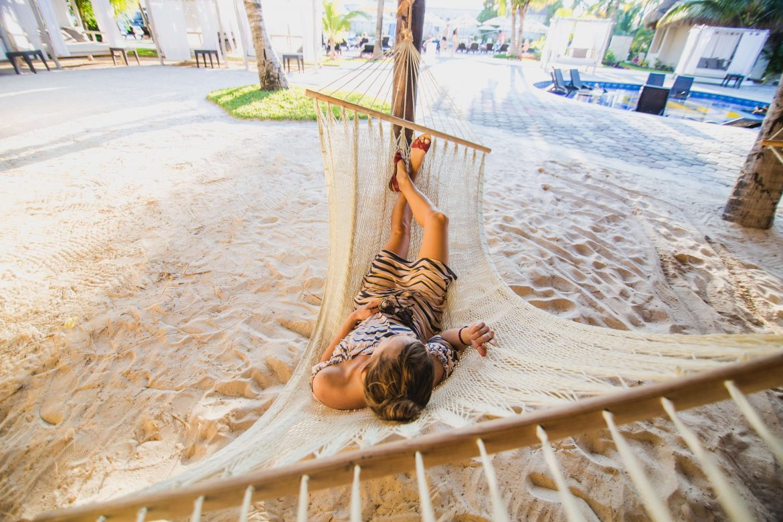 ležanje na plaži z možgani na off