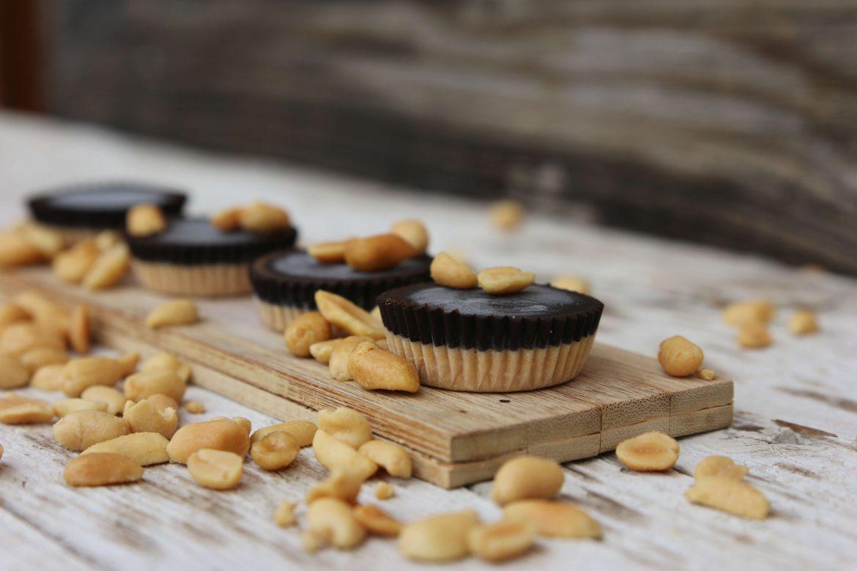 Arašidovo čokoladni pralineji